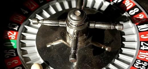 800px-Roulette_wheel-1
