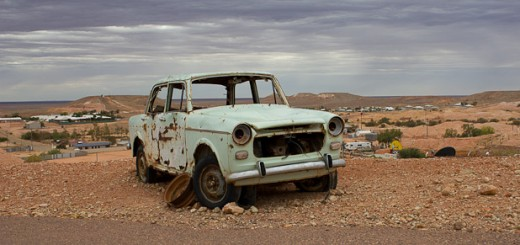 broken down car in Coober Pedy