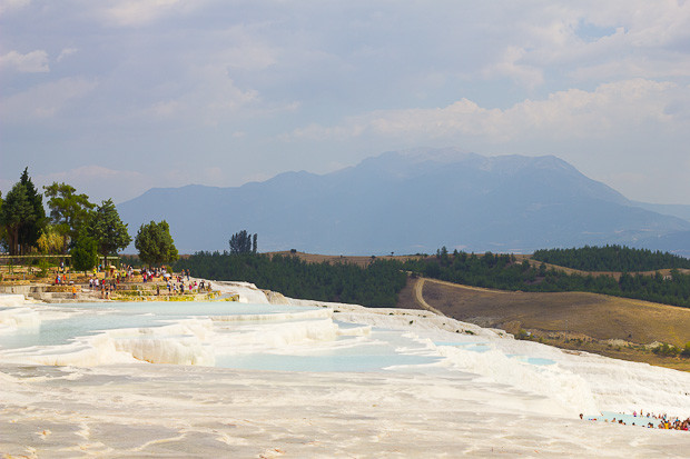 View over Pamukkale towards the mountains.