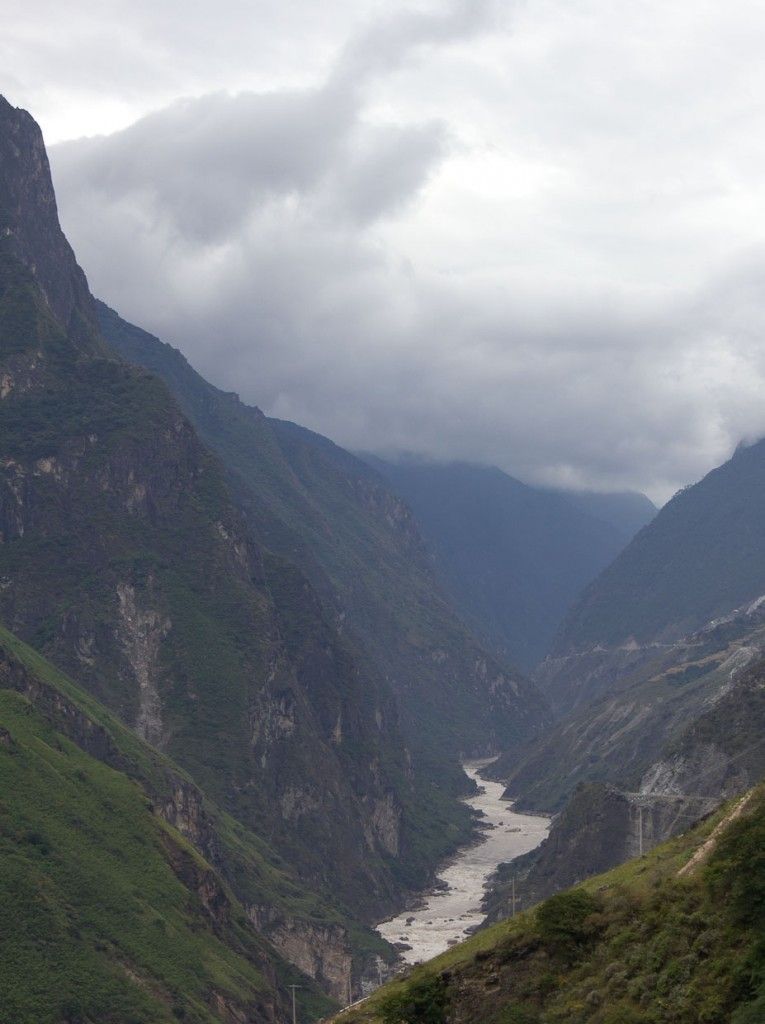 Yangzi narrowing in Tiger Leaping Gorge.