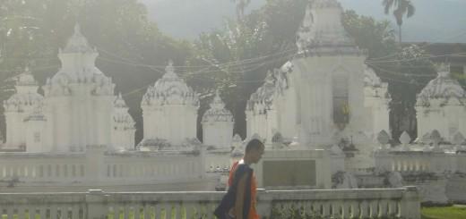 novice_in_abbots_graveyard_wat_suan_dok_chiang_mai