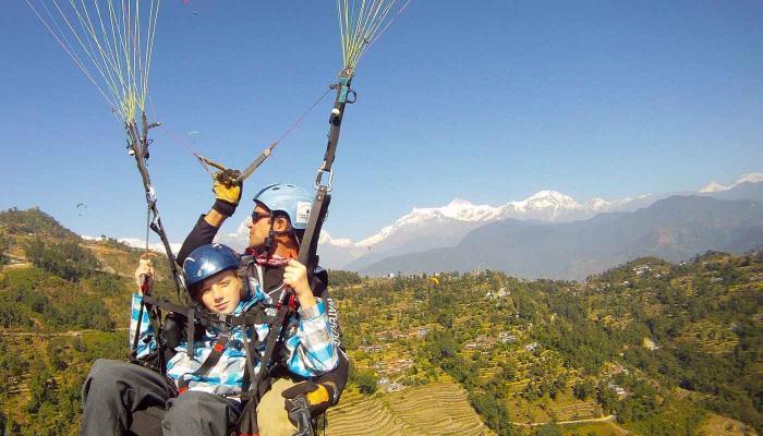 Paragliding-Zac-700x400.jpg
