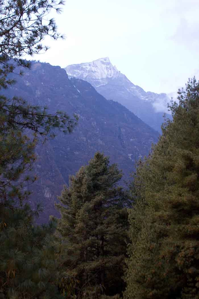 Everest Base Camp Day 2 - valleys and peaks.