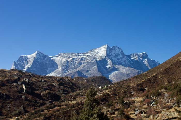 Everest Base Camp trek: Kong De massif hovers above Khumjung.