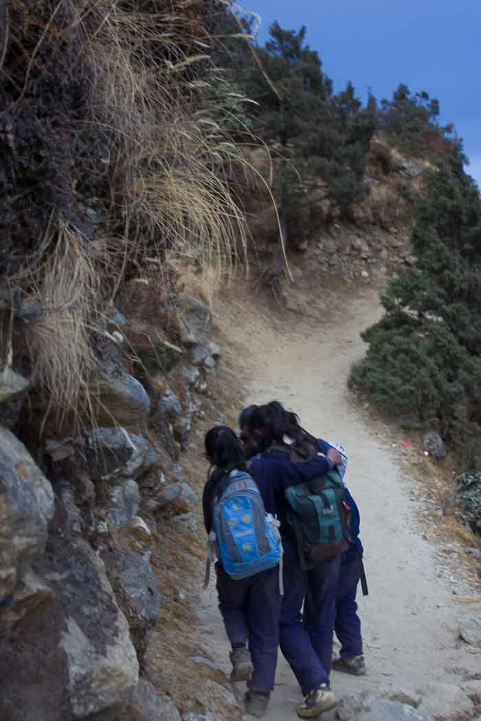 Everest Base Camp: gaggle of Sherpa school girls en route from Thame to Thamo.