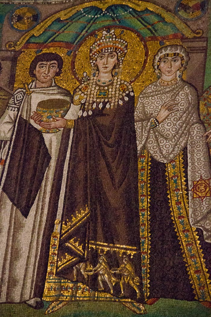 Empress Theodora depicted in the Basilica di San Vitale, Ravenna.