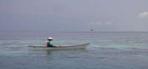 Bajo fisherman off Maratua, Derawan, Kalimantan.