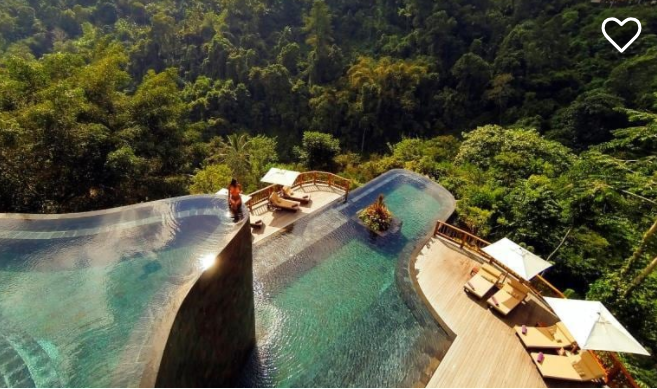 The pool, the spa and the funicular make Hanging Gardens super-special.